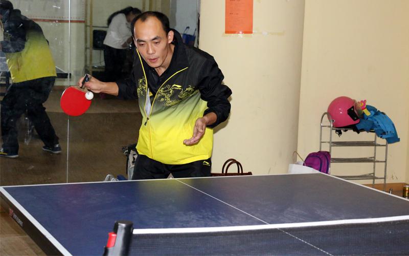 """徐公晓,乒乓球的""""双冠王""""。"""